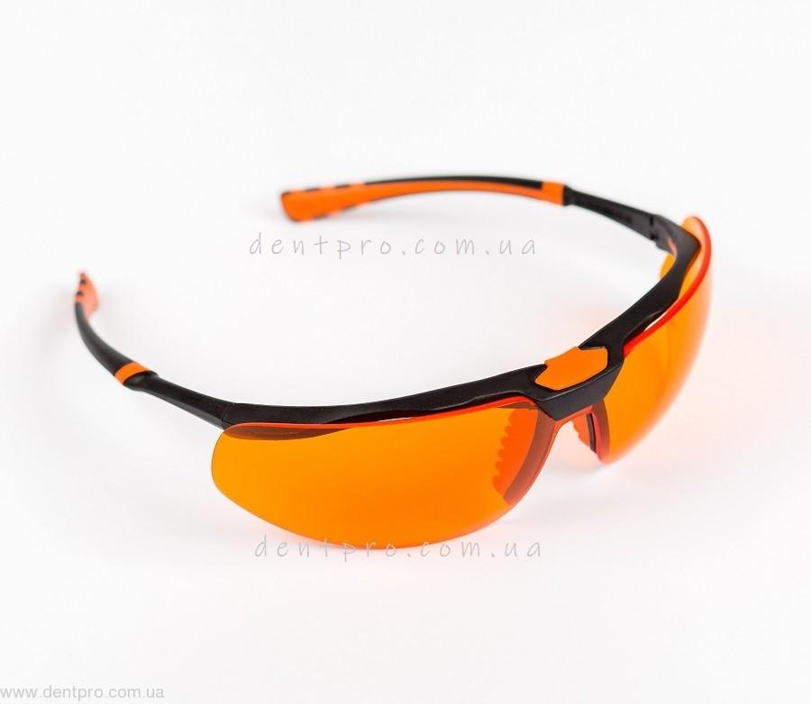 Очки защитные от УФ-излучения Юнивет (Италия) оранжевые, незапотевающие с силиконовой накладкой (Univet 5х3.03.33.04 orange) - 2